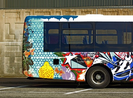 graffiti_bus_back
